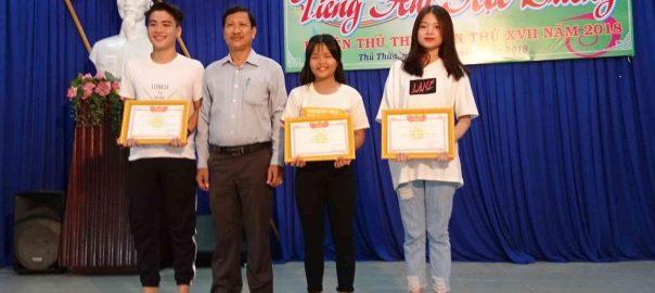 Khen thưởng các trường THCS đạt giải Tiếng hát học đường 2018
